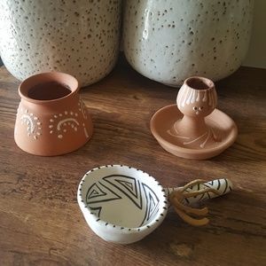 Native American & Terracotta Pottery Set 3 items